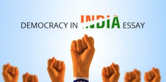 Essay on Democracy in Hindi
