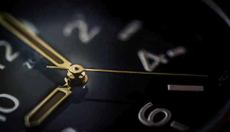 Essay on Punctuality in Hindi